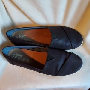 Toms Avalon Black Coated Canvas Shoes sz. 10